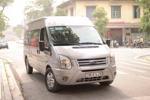 The van transfer in Hanoi city tour