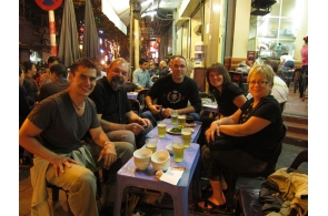 group Hanoi food tour with draugh beer